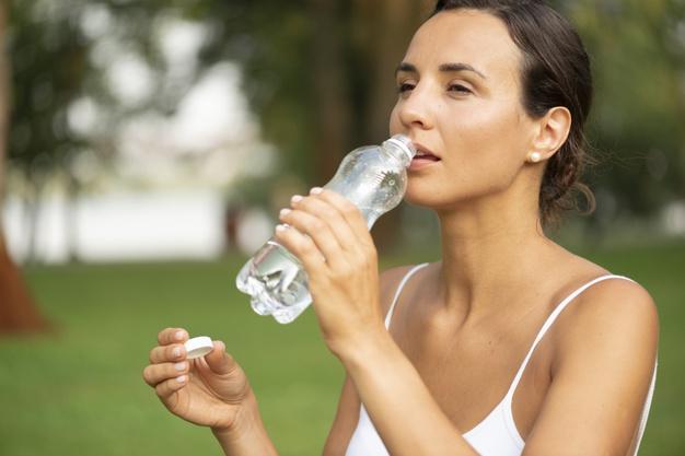 Trinkwasser Frau