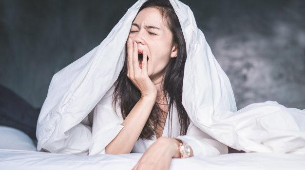 Dank diesen 5 Tipps schläfst du jede Nacht wie ein Murmeltier